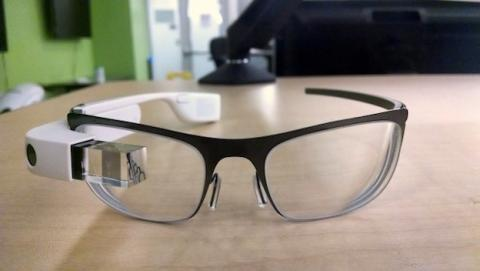 Aparecen imágenes supuestas Google Glass de prescripción