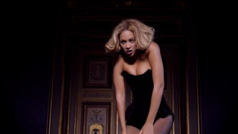 Beyoncé estrena álbum por sorpresa en exclusiva en iTunes