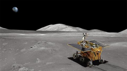 El Conejo de Jade, el robot chino enviado a la Luna, ya pasea por su superficie.