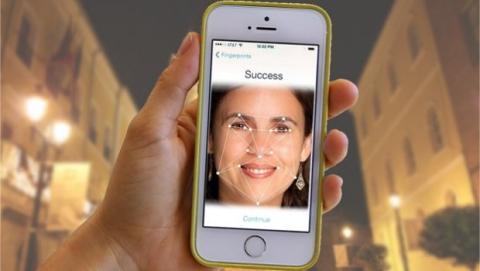 iPhone 6 detector facial