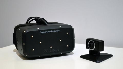 Las nuevas Oculus Rift Crystal Cove, con sensores de posicionamiento, gracias a la cámara