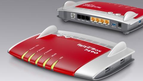 FRITZ!Box 7490, el router DSL con nueva tecnología WiFi AC, dos redes inalámbricas simultáneas, tres flujos de datos, máximo alcance y máxima seguridad, al ser compatible con redes WiFi encriptadas