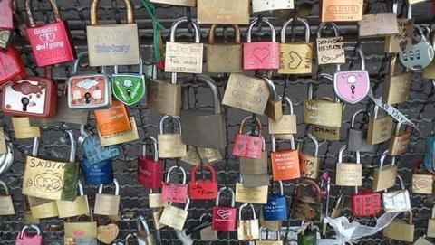 Estudio asegura que Apple y Microsoft tienen el sistema de contraseñas más seguro. Amazon, no tanto