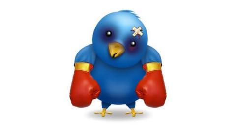 Condenan a penas de cárcel a dos tuiteros por realizar amenazas a través de Twitter