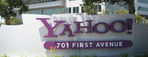 Yahoo compra Tomfoolery comunicación social empresarial