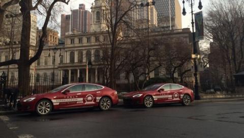 Dos coches eléctricos Tesla Model S han conseguido cruzar Estados Unidos de costa a costa, desde Los Angeles a Nueva York en sólo tres días, gracias a los supercargadores.