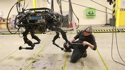 tecnología robótica google foxconn