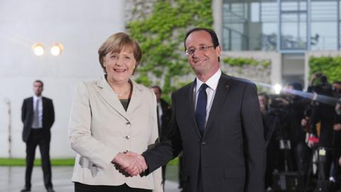 Francia y Alemania pacta la creación de una Internet europea que no pase por Estados Unidos