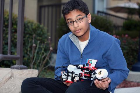 Lego EV3 Mindstorms Shubham Banerjee impresora de Braille