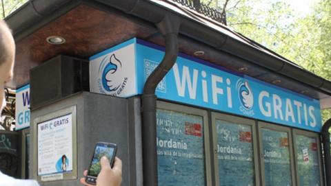 Los quioscos de Barcelona, en colaboración con GOWEX, ofrecerán Wi-Fi gratis