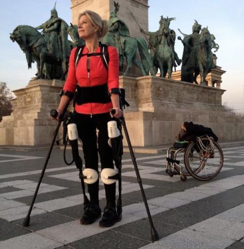 Boxtel vuelve a caminar con el exosuit de Ekso Bionics