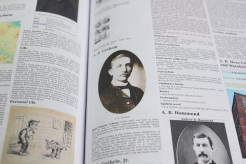 Wikipedia impresa en libro