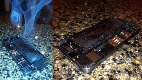 Un iPhone 5S cuya batería se ha quemado y explotado