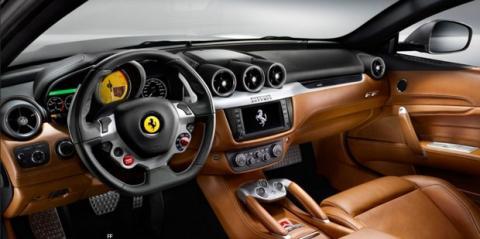 Ferrari FF con CarPlay