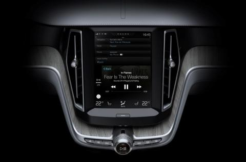 Volvo XC90 SUV con Apple CarPlay