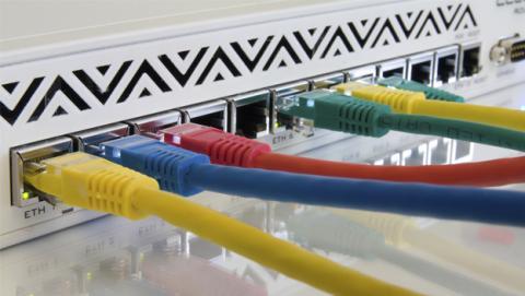 Tarifas de las compañías para elegir el mejor ADSL o Fibra
