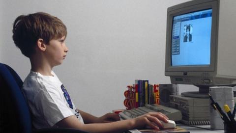 473.000 menores de edad ven pornografía online en Reino Unido