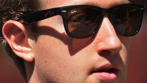 ajuste salarial Mark Zuckerberg, Facebook