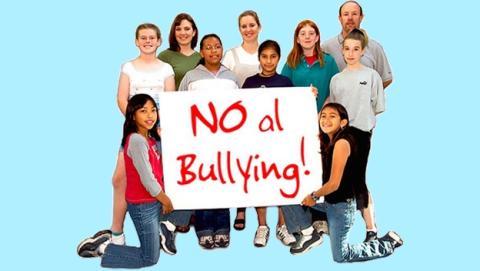 Adolescente graba en su iPad cómo es acosado y sufre bullying en el colegio. Le denuncian y es declarado culpable de espiar en un lugar privado.