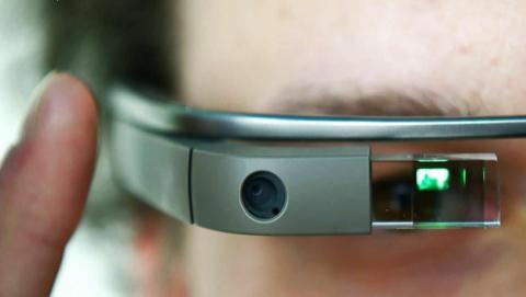 Google Glass permitirá leer las notificaciones del iPhone