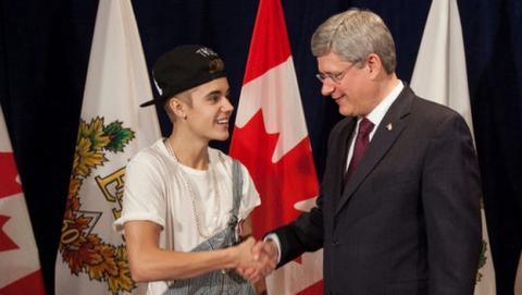 La Casa Blanca desestima la petición online que pedía la deportación del cantante Justin Bieber a Canadá, tras ser detenido participando en un carrera de coches, drogado