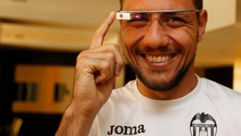 Jugadores del Valencia C.F. han usado unas Google Glass durante el partido de fútbol de la Liga española, contra el Real Madrid.