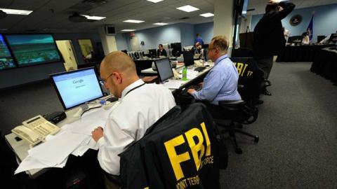FBI detiene hackers. Foto: RT.com