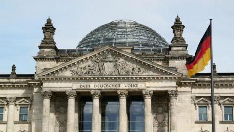 Espías alemanes exigen 300 millones de € para igualarse a la NSA y a los espías españoles