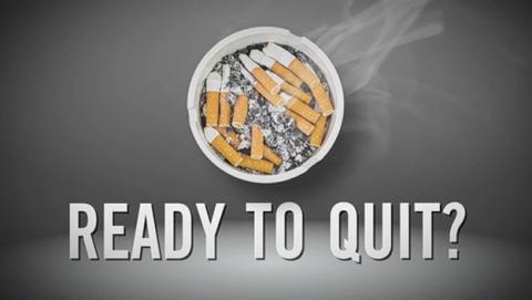 Fumadores que usan apoyo de mensajes de texto SMS doblan la posibilidad de dejar de fumar.