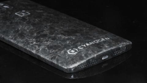 OnePlus One de mármol negro de Angola