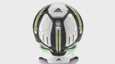 Nuevo balón de Adidas con Bluetooth
