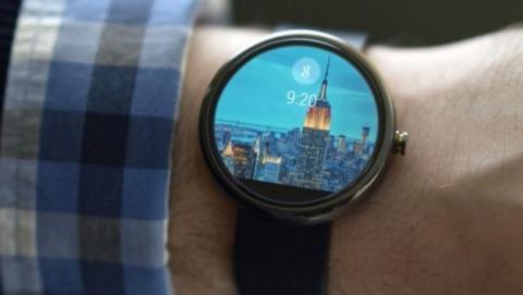 Apoyo a Android Wear: once importantes fabricantes, como Samsung, LG; HTC, Intel o Qualcomm fabricarán relojes inteligentes con este sistema operativo.