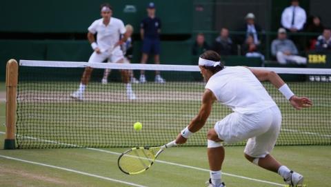 El torneo de Wimbledon usará Twitter para subir tuits, fotos y vídeos de los partidos de tenis a las redes sociales, en tiempo real.