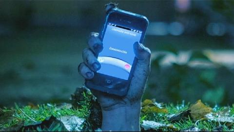 The Phonbies, la campaña estilo película de zombis que alerta sobre la adicción a la tecnología en los jóvenes.