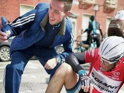 Los selfies, el terror de los ciclistas