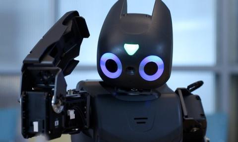 Robot que juega al Angry Birds ayuda a niños discapacitados