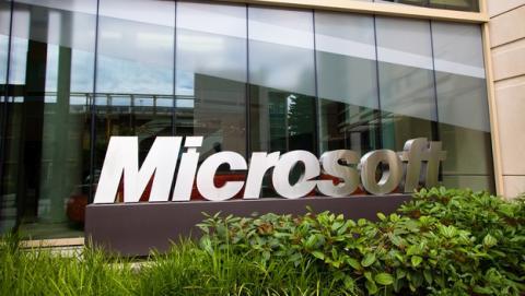 Microsoft despide a 18.000 empleados de Nokia y Xbox.