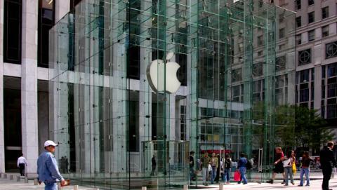 Apple denunciada por sus empleados