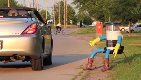 HitchBOT, el robot autoestopista que quiere recorrer 6000 Km