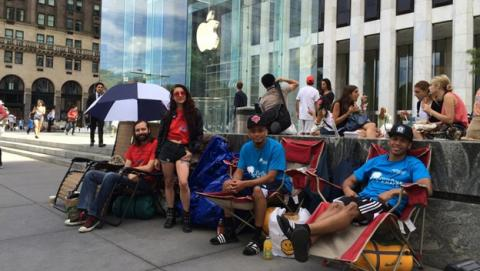 iPhone 6: La gente ya hace cola en NYC para comprárselo