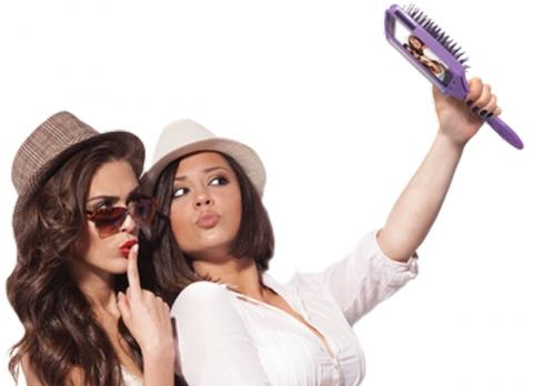 The Selfie Brush