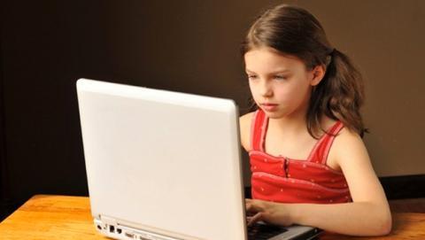 Los niños españoles, en peligro de ser adictos a Internet