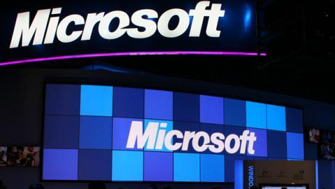 Se filtra el panel frontal del primer teléfono Microsoft