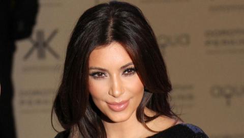 4chan, más fotos robadas de famosas desnudas, con Kim Kardashian.