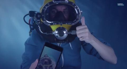 Unboxing bajo el agua del Sony Xperia Z3