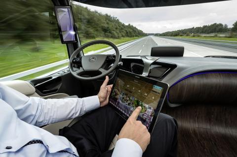 Camión inteligente de Mercedes