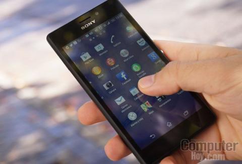 Sony Xperia M2 Aqua mano