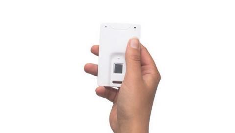 MasterCard y Zwipe lanzarán una tarjeta de crédito con lector de huellas en 2015.