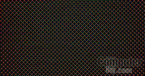 Una pantalla OLED Pentile es así vista de cerca