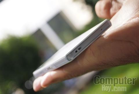 Sony Xperia Z3 Compact esquina